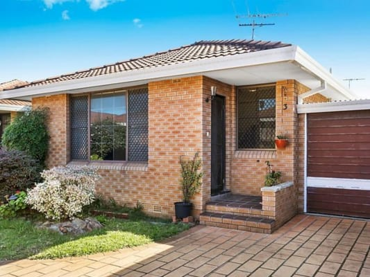 $220, Share-house, 4 bathrooms, Garden St, Eastlakes NSW 2018