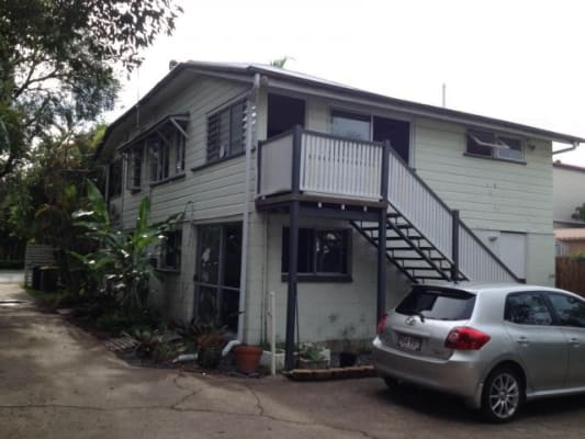 $150, Share-house, 3 bathrooms, Gillan Street, Norman Park QLD 4170