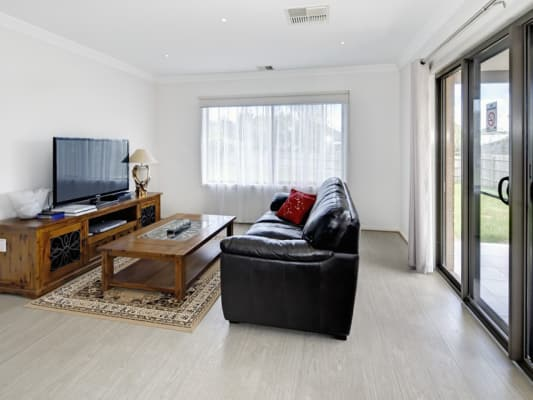 $240, Share-house, 5 bathrooms, Burwood Highway, Burwood VIC 3125