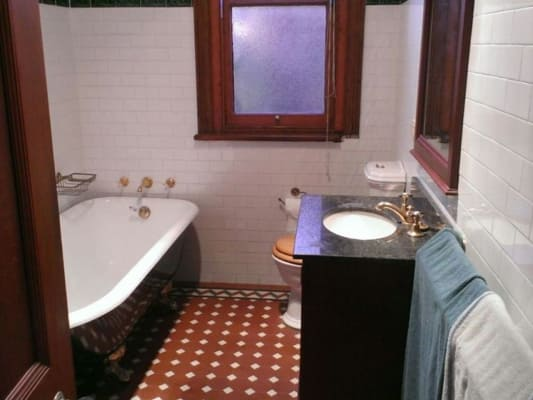$310, Share-house, 5 bathrooms, Glebe Point Road, Glebe NSW 2037