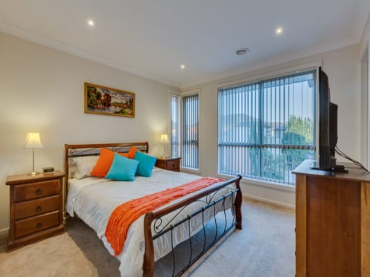$180, Share-house, 5 bathrooms, Glenelg Boulevard, Taylors Hill VIC 3037