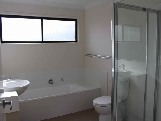 $170, Share-house, 3 bathrooms, Gostwyck Street, Newtown QLD 4350