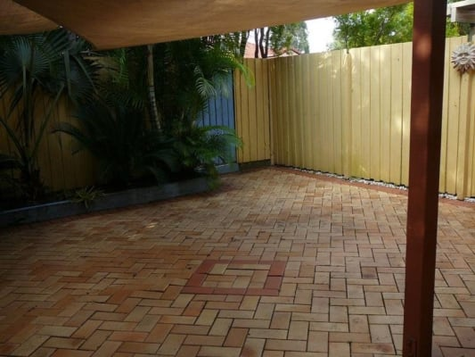 $175, Share-house, 3 bathrooms, Greenacre Drive, Arundel QLD 4214