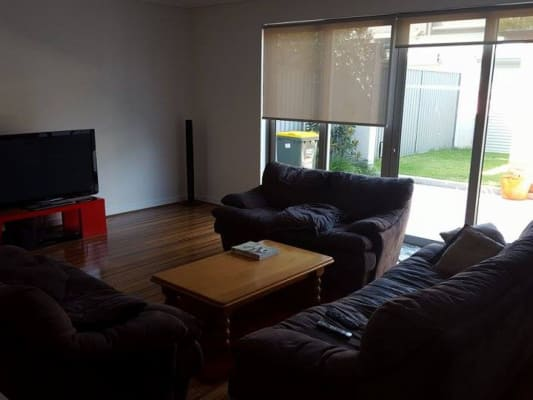 $300, Share-house, 4 bathrooms, Grove Street, Saint Peters NSW 2044