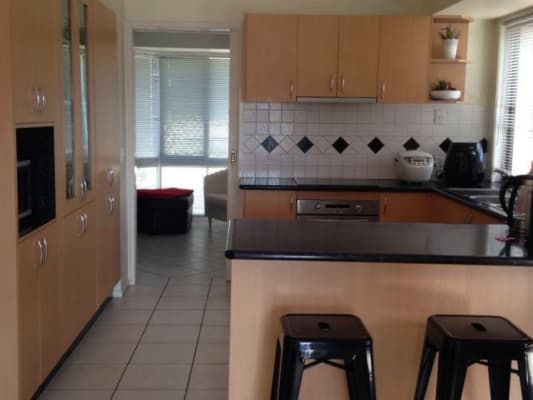 $130, Share-house, 3 bathrooms, Homebush Drive, Regents Park QLD 4118