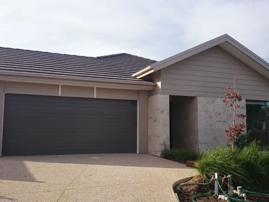 $180, Share-house, 3 bathrooms, John Russell Road, Cranbourne West VIC 3977