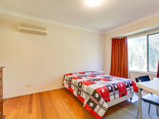 $175, Share-house, 6 bathrooms, Jubilee Tce, Bardon QLD 4065