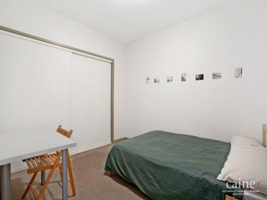 $350, Share-house, 3 bathrooms, King Street, Melbourne VIC 3000