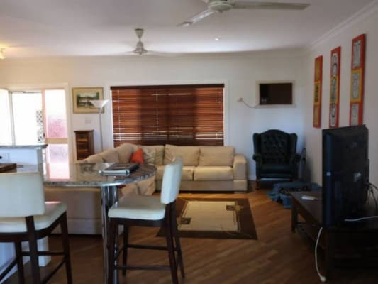 $180, Share-house, 3 bathrooms, Knight Rd, Smithfield QLD 4878