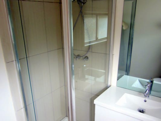 $115, Share-house, 5 bathrooms, Maribyrnong Road, Flemington VIC 3031