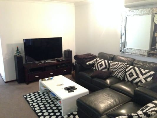 $180, Share-house, 2 bathrooms, Morrison St, Como WA 6152