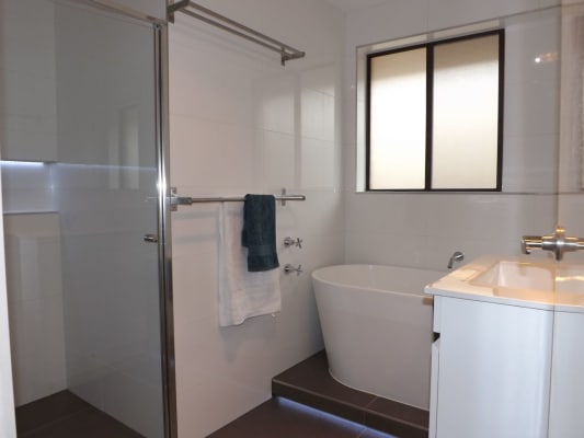 $180, Share-house, 4 bathrooms, Nantilla Crescent, Werribee VIC 3030