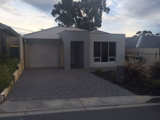 $130, Share-house, 3 bathrooms, Nigel Lane , Hackham SA 5163