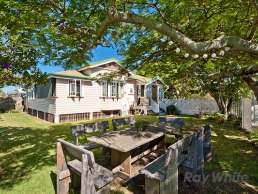 $140, Share-house, 3 bathrooms, Paul Street, Sandgate QLD 4017