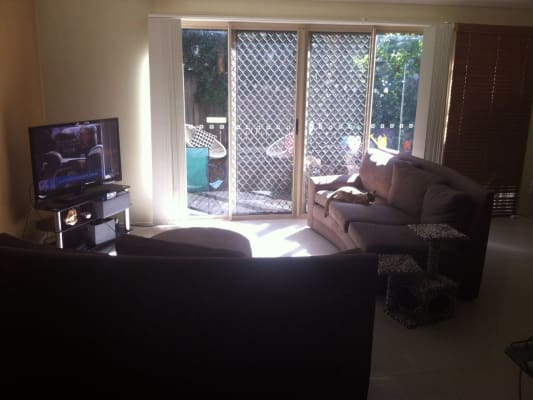 $135, Share-house, 4 bathrooms, Pohlman Street, Southport QLD 4215