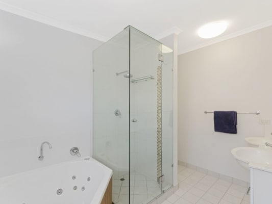 $220, Share-house, 4 bathrooms, Queens Road, Railway Estate QLD 4810