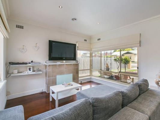 $210-215, Share-house, 3 rooms, Warland Road, Hampton East VIC 3188, Warland Road, Hampton East VIC 3188