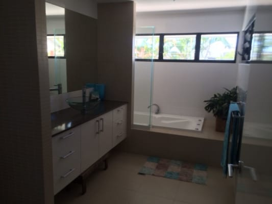 $220, Share-house, 3 bathrooms, Wewak Avenue, Runaway Bay QLD 4216