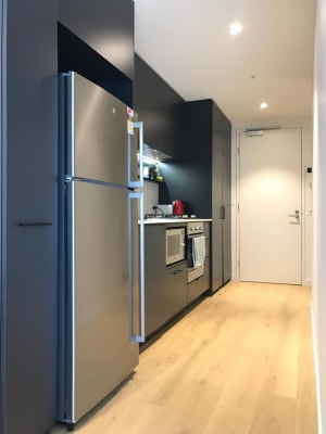 $480, 1-bed, 1 bathroom, Robert Street, Collingwood VIC 3066