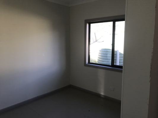 $150-170, Whole-property, 2 rooms, Alpha Road, Woy Woy NSW 2256, Alpha Road, Woy Woy NSW 2256