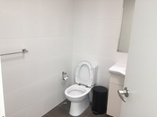 $250, Flatshare, 3 bathrooms, Queens Road, Hurstville NSW 2220