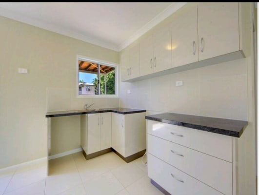 $170, Studio, 1 bathroom, Kings Road, Mysterton QLD 4812