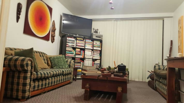 $200, Flatshare, 2 bathrooms, Dandenong Road, Malvern East VIC 3145