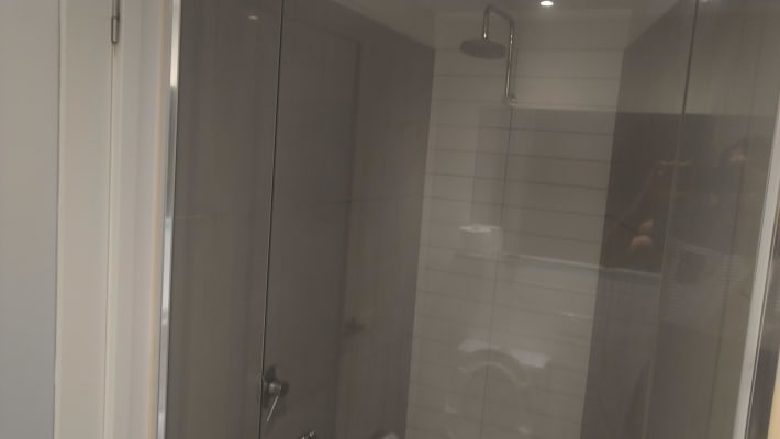 $220, Flatshare, 2 bathrooms, La Trobe Street, Docklands VIC 3008
