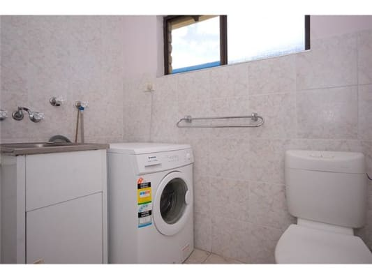 $260, Flatshare, 2 bathrooms, Thomas Drive, Surfers Paradise QLD 4217