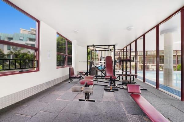 $450, Flatshare, 3 bathrooms, Hollywood Avenue, Bondi Junction NSW 2022