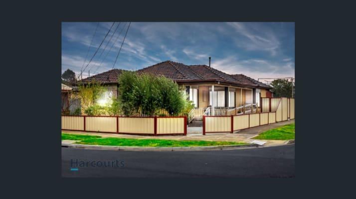 $450, Whole-property, 4 bathrooms, Poole Street, Deer Park VIC 3023