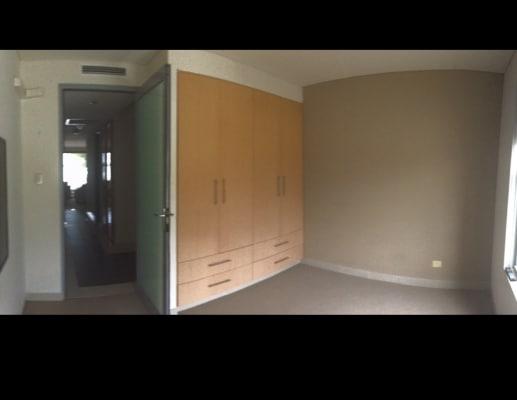 $250, Flatshare, 2 bathrooms, Madang Crescent, Runaway Bay QLD 4216