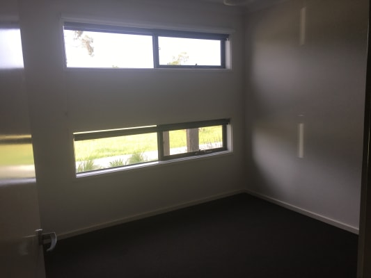 $175, Share-house, 3 bathrooms, Carona Lane, Officer VIC 3809