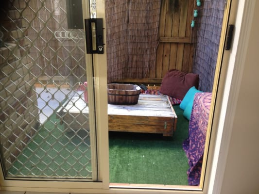 $200, Share-house, 3 bathrooms, Twenty Sixth Avenue, Palm Beach QLD 4221