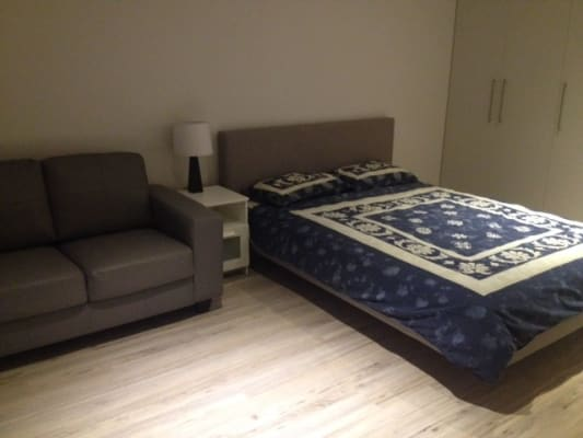 $330, Studio, 1 bathroom, Adelaide Terrace, East Perth WA 6004