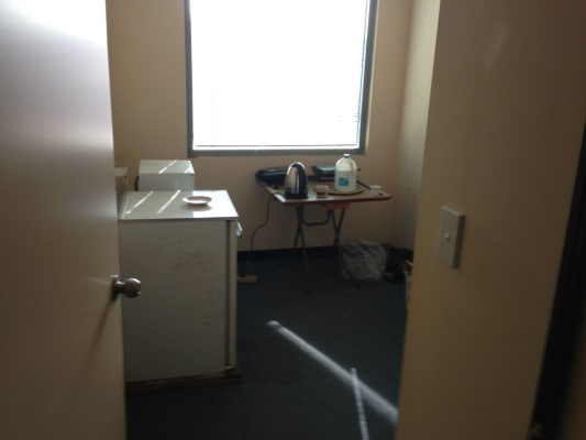 $170, Studio, 2 rooms, Burrows Road, Saint Peters NSW 2044, Burrows Road, Saint Peters NSW 2044