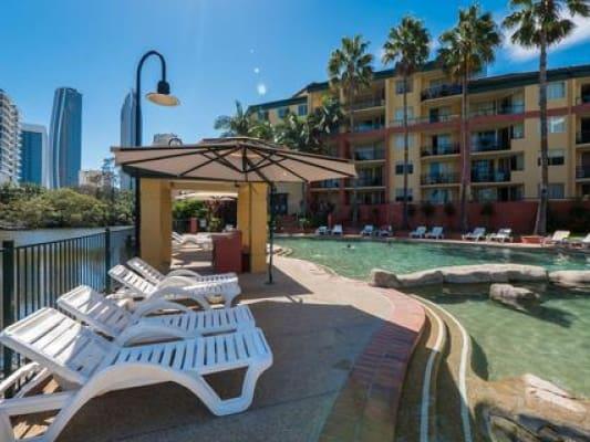 $130, Studio, 1 bathroom, Paradise Island Resort, Surfers Paradise QLD 4217