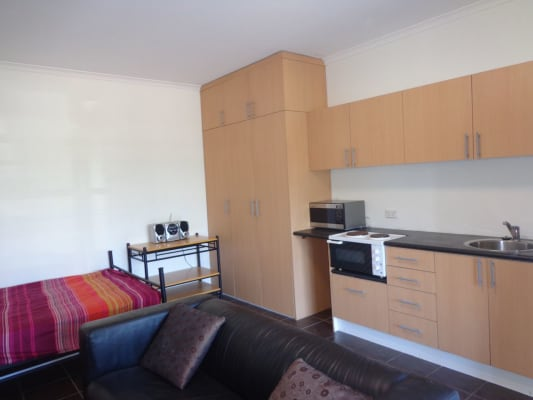 $350, Studio, 1 bathroom, Pittwater Road, Collaroy NSW 2097