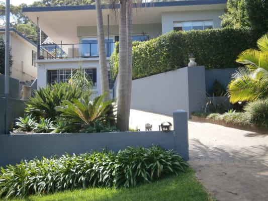 $370, Studio, 1 bathroom, Wakehurst Parkway, North Narrabeen NSW 2101