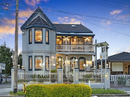 $250, Studio, 1 bathroom, Wardell Road, Dulwich Hill NSW 2203