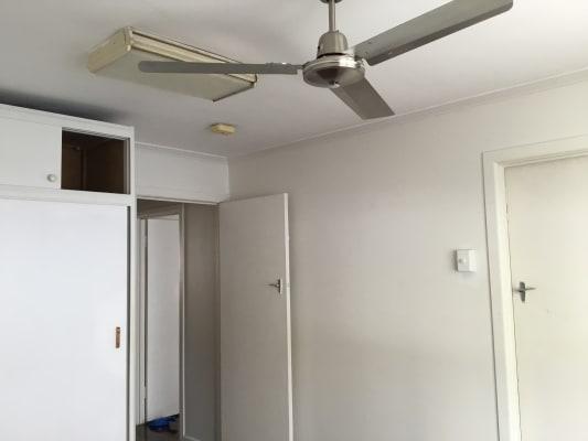 $140, Flatshare, 2 bathrooms, Labrador Street, Labrador QLD 4215