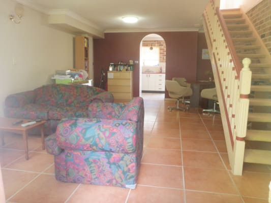 $160, Share-house, 3 bathrooms, Fairfield Road, Fairfield QLD 4103