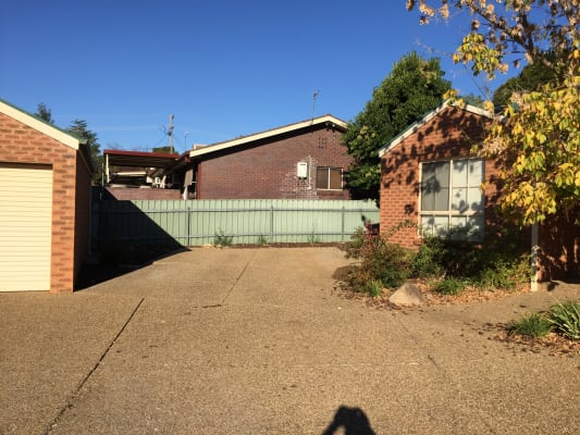$140, Flatshare, 2 bathrooms, Kenneally Street, Kooringal NSW 2650