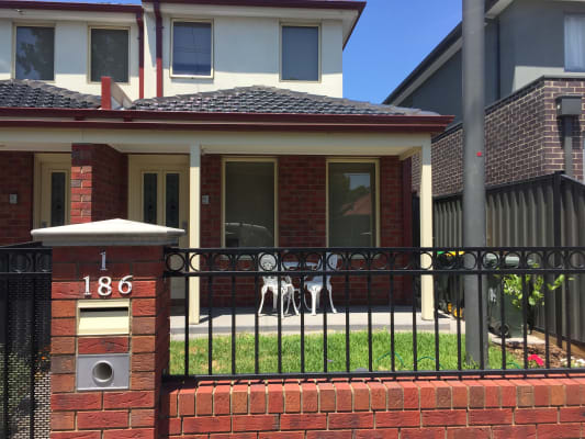 $230, Share-house, 3 bathrooms, Albion Street, Brunswick VIC 3056