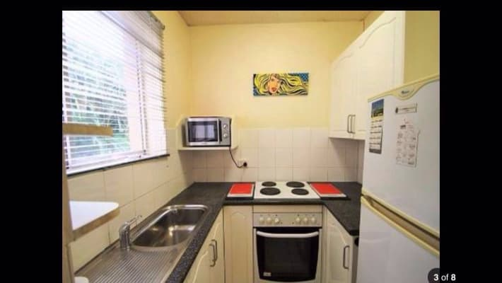 $210, Flatshare, 2 bathrooms, Thorn Street, Kangaroo Point QLD 4169