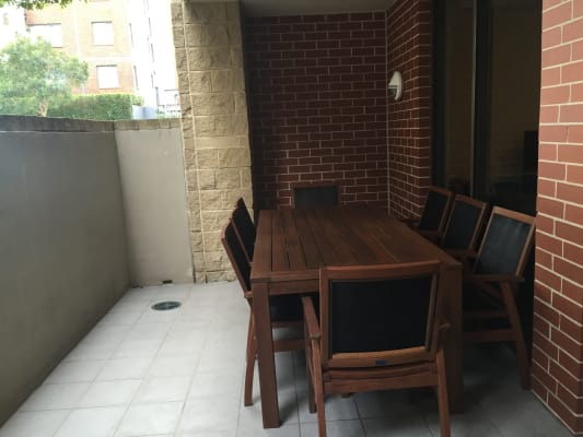 $390, Flatshare, 2 bathrooms, Refinery Drive, Pyrmont NSW 2009