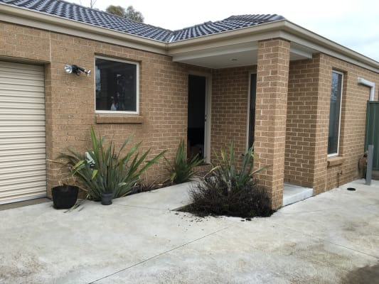 $135, Share-house, 3 bathrooms, Ligar Street, Ballarat North VIC 3350
