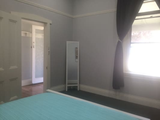 $155-195, Share-house, 2 rooms, Torch Street, Bathurst NSW 2795, Torch Street, Bathurst NSW 2795