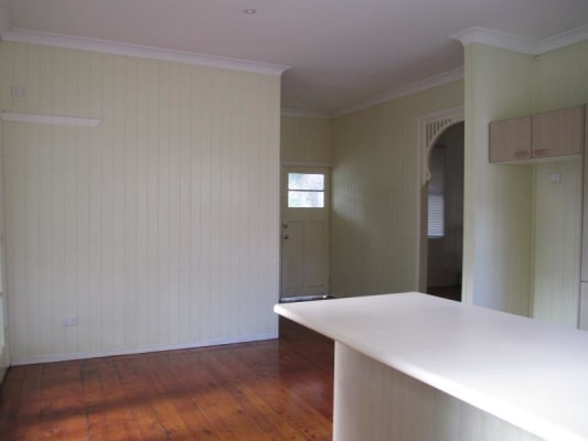 $260, Share-house, 2 bathrooms, Isaac Street, Milton QLD 4064