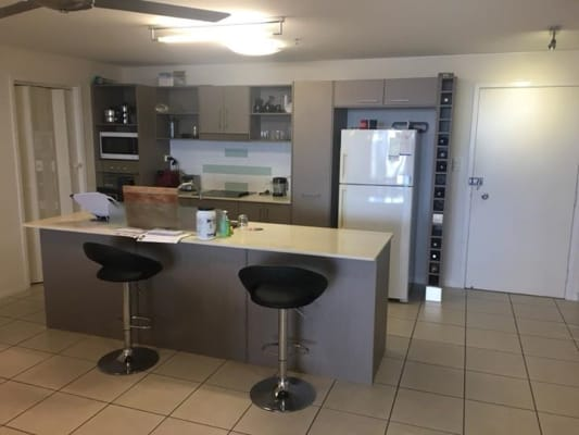 $260, Flatshare, 3 bathrooms, Grafton Street, Cairns City QLD 4870
